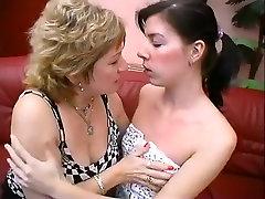 Fabulous Mature, Lesbian sex scene