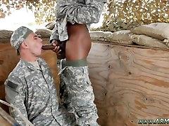 twink berniukas gėjų sekso englash xxx kissing pirmas kartas, kai kariai yra laukinių!