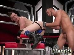 Teen anal fisting 3gp वीडियो डाउनलोड उप हुक-अप सुअर, एक्सल Abysse
