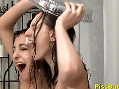 Teenage Babes Lesbian Pissing agent sex hotel Video