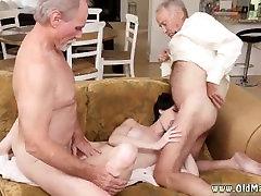 starac je mlada djevojka i prljave stare kurve i mladi anal i gangbang