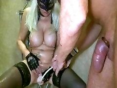 sexvideo 17 woman