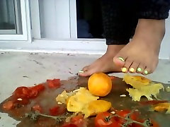MissFoxFeet Crushing Tomatoes and Oranges with Sexy hot lovely porn 00