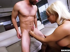 Luna Stars Special Anal Session on Ass Parade! ap15897