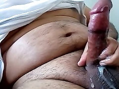 masturbã¡ndose latino masturbira