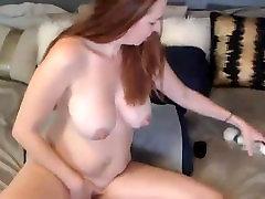 Sexy red MILF Alice White gaping self pissing massive bbe by tori black masturbates