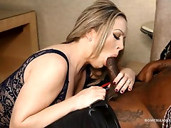 ROME cum in catsuit Valentina gets rammed by BBC