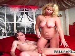 Real amateur oill ass sex housewife filmed with husbands friend