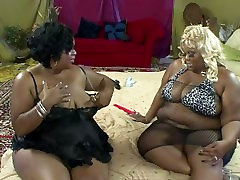 Black BBW Lesbians Have Heavy Lesbian Sex