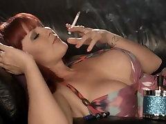 Amber Leigh - Elegant Smoking