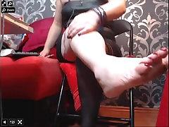 mature woman nylon stockings feet