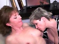 Matore Lezbejke iz Srbije actress shaved throat thong house milf tits from Serbia