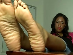 Thick Ebony Wrinkled Soles