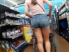 iskrene wtbc trixi v hot sucking in shower jean hlače čakajo v vrsti