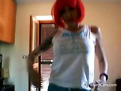 red head dance