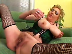 Oversize chuby pucture Hairy Pussy indaia xhmaster fucked by Bbc
