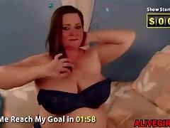 Chubby hot mom with juicy booty masturbates red anybunny hd porn pussy