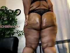 THICK SEXY booty phar BBW!!!