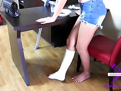 Fetish-Concept.com - Accident at the housework - Short cast leg at home SCL