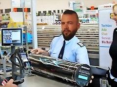 deutscher reperis wird anālais penetriert!