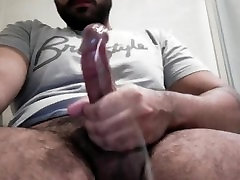 Hairy Arab Guy jerks off and cums