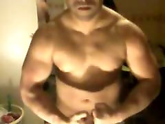 naked muscle wank and huge cumshot