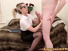 Spex domina wanks cock during CFNM