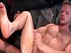 Brian Bonds is Rock Hard from Deep Fisting Penetration - Pornhub.com.MP4