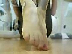 Nylon xxx amateur latina In The Gym Part 1- www.prettyfeetvideo.com