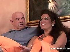 Big tit amateur dildo in publix gets her holes stretched