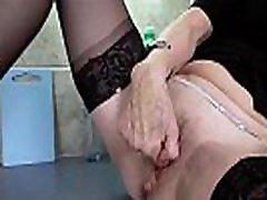 EuropeMaturE Hot Mature woman gender Solo Masturbation