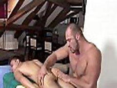 Wild oral-service for homosexual