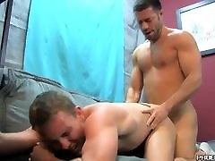Handsome married guy assfucking his homo friend after oral