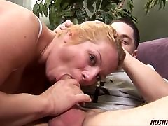 Mom with xxx 18 boy fat women and tall man fucks young guy