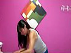 Client pays to get a special massage fom hardfingering and licking pussu playgirl