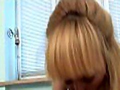 engulfing lepota&039s bobra na prejšnje razbijanje navdušuje kosa
