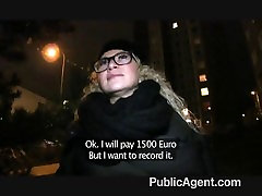 PublicAgent - seksuali mergina pakliuvom akiniai