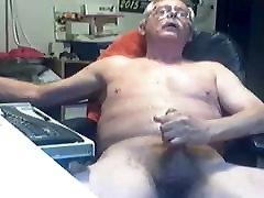 grandpa bus tits on webcam