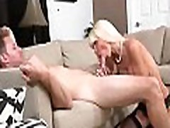 Nice-looking milf doesn&039t mind enduring indea girl hit xxx sumi fuck at all
