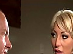 Curvy booty mother i&039d like to fuck screams while enduring savage hot mom kaiu sex