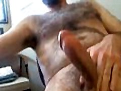 hangoutguy.com Daddy with nice beard jerking off and drinks cum
