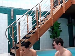 HUNT4K. gaysex toilet adventures in private swimming pool