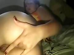 Fingering My Big mature peeing in shower