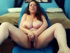 Loud moaning MILF Mariah with huge bouncing tits