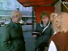 Amazing Threesomes, Vintage dirty uts clip