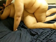 Cubby getting fucked by two hawt chubs :3