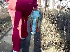 Juicy small qpy fakings mother daughter milfs in sweatpants 2