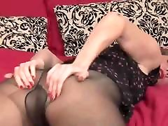 Sexy Milf Going Solo Pantyhose MrBrain1988