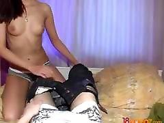 18 Videoz - मरियम - वह करने के लिए सहमत हुए