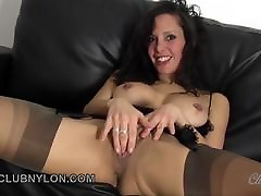 Dirty lily pink web slut fucks her toy in fully fashioned nylons
